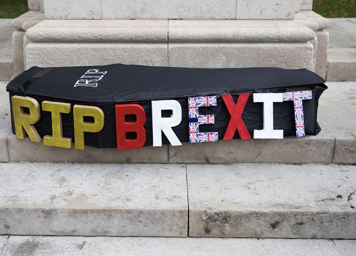 U.K. Lawmaker Says Secret Hedge Fund Brexit Polling a 'Scandal'