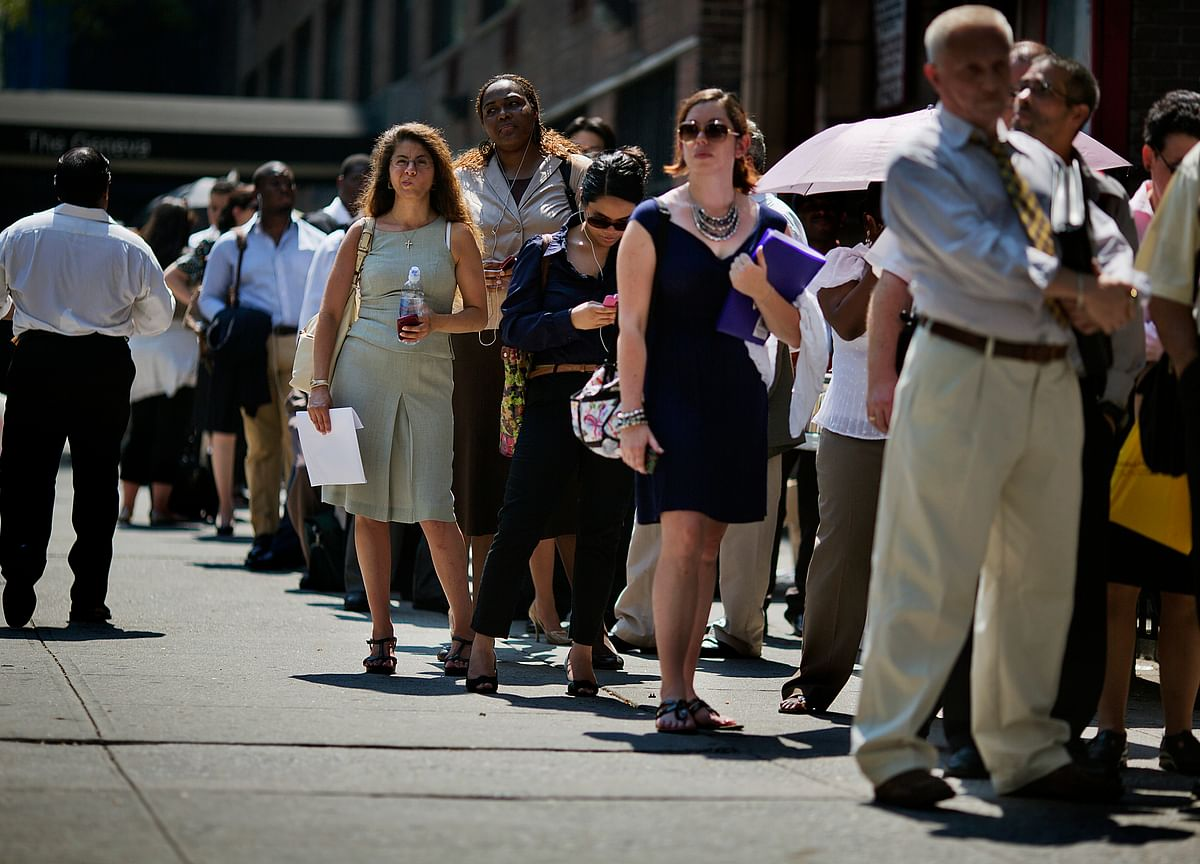 U.S. Jobs Jump by Most in 10 Months as Economy Gains Steam