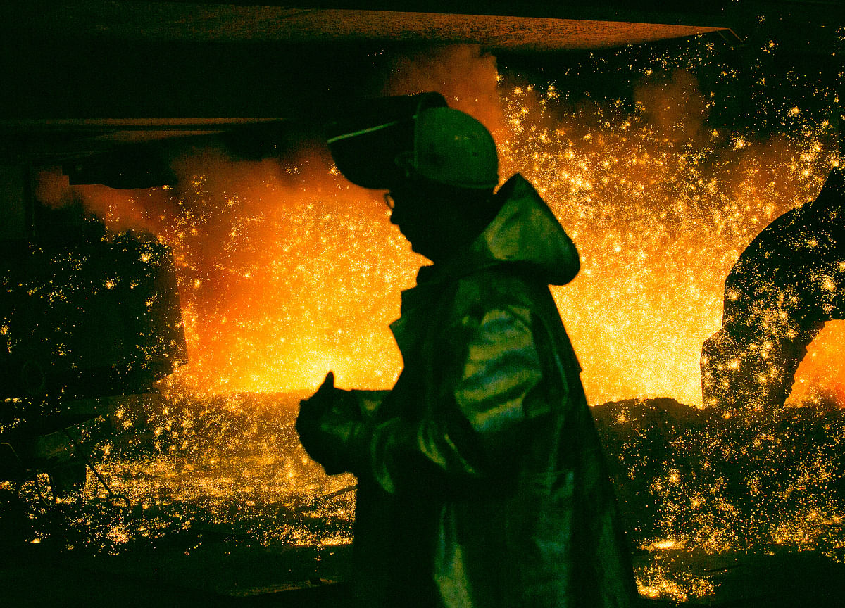 ArcelorMittal Says It Will Face 'Risks' From Proposed Essar Steel Acquisitions