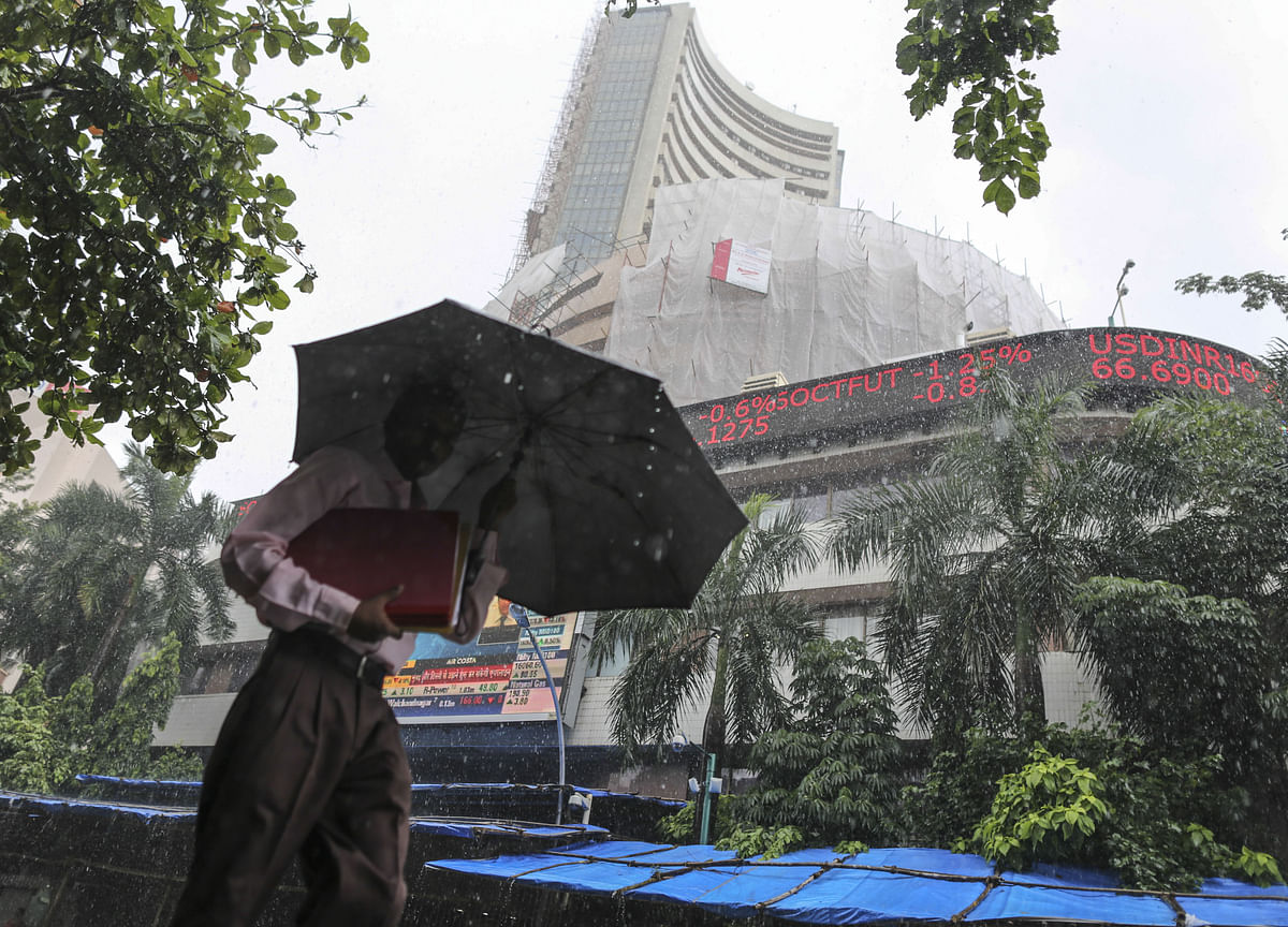 Sensex, Nifty End Lower As Government Gets No-Confidence Motion