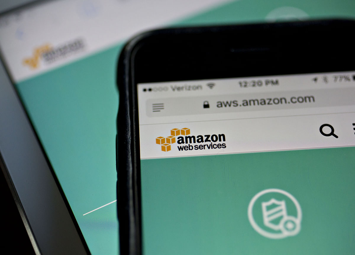 Amazon Targets Hybrid-Cloud Customers With On-Site Servers