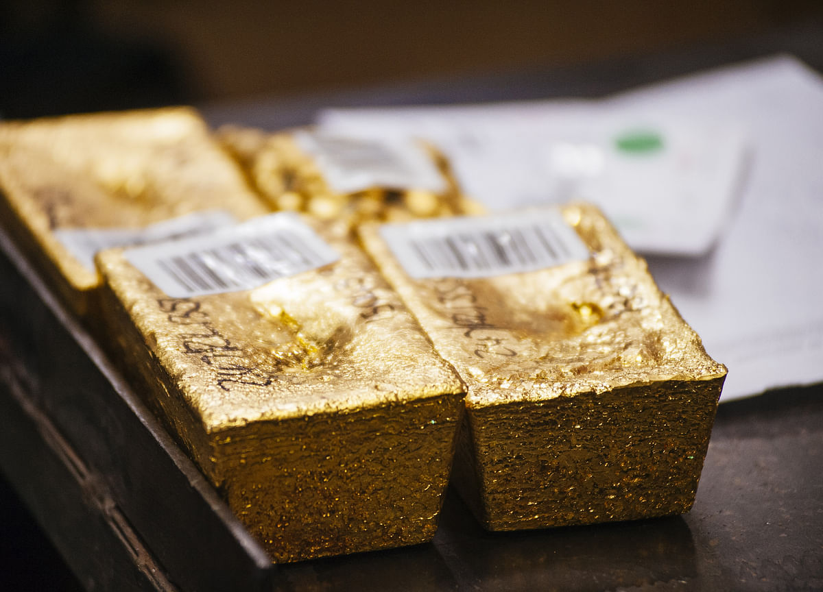 Gold ETFs Post Longest Run in a Decade as Investors Take Cover