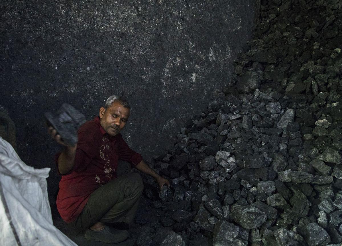 India's Coal Import Drops 14% In April-February