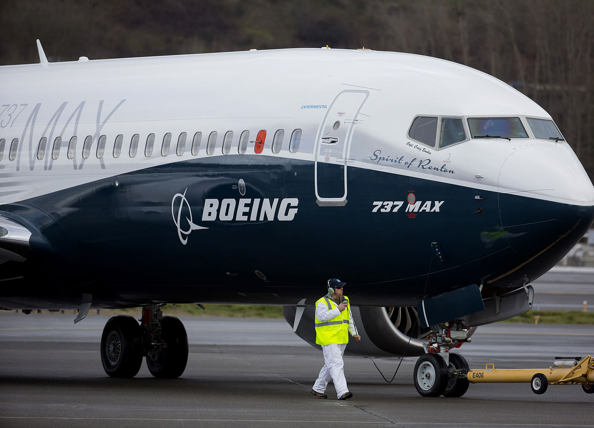 New Boeing Max Delays Imperil Jet Return by Christmas