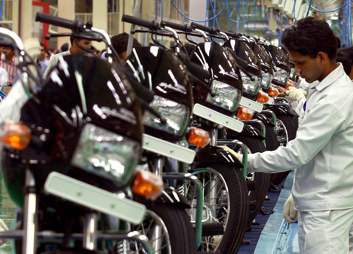Two-Wheeler Dealers Brace For Subdued Festive Sales As Insurance, Higher Prices Hurt