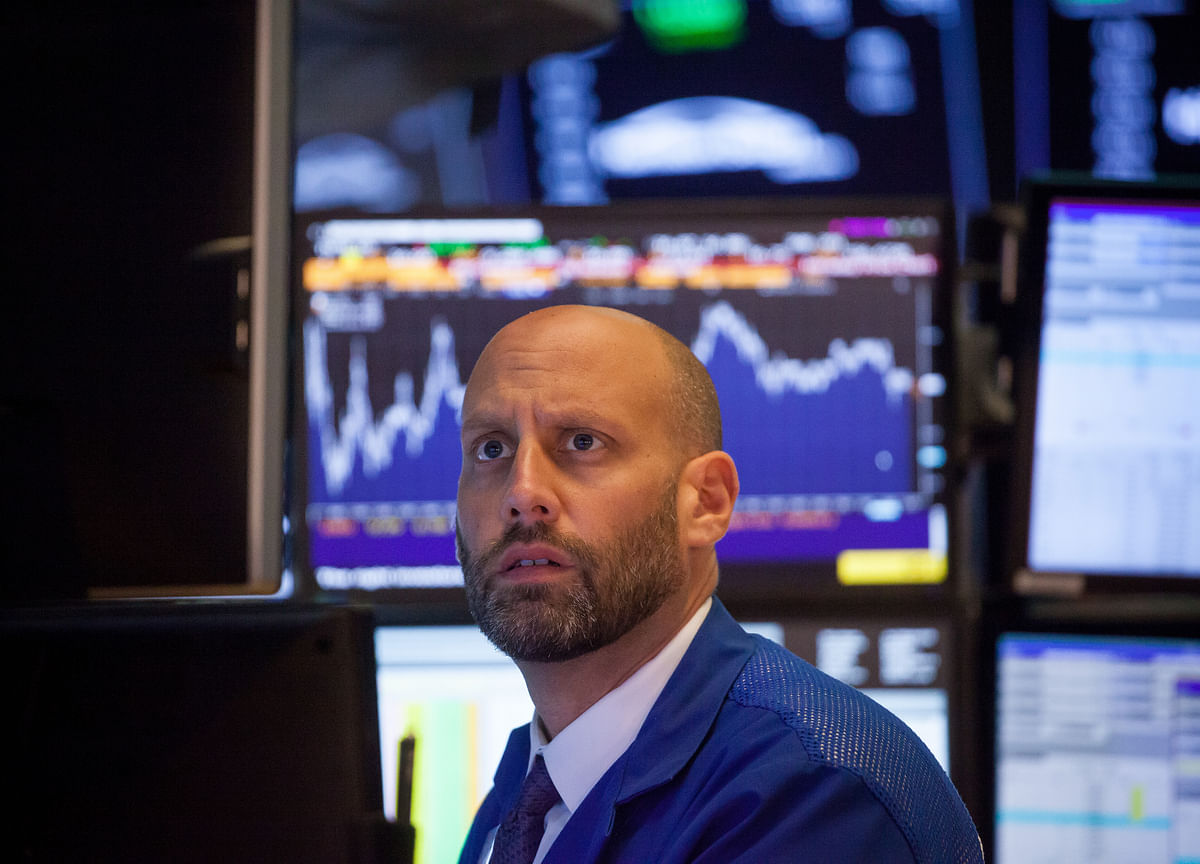 Automation Starts to Sweep Wall Street, With Tons of Glitches