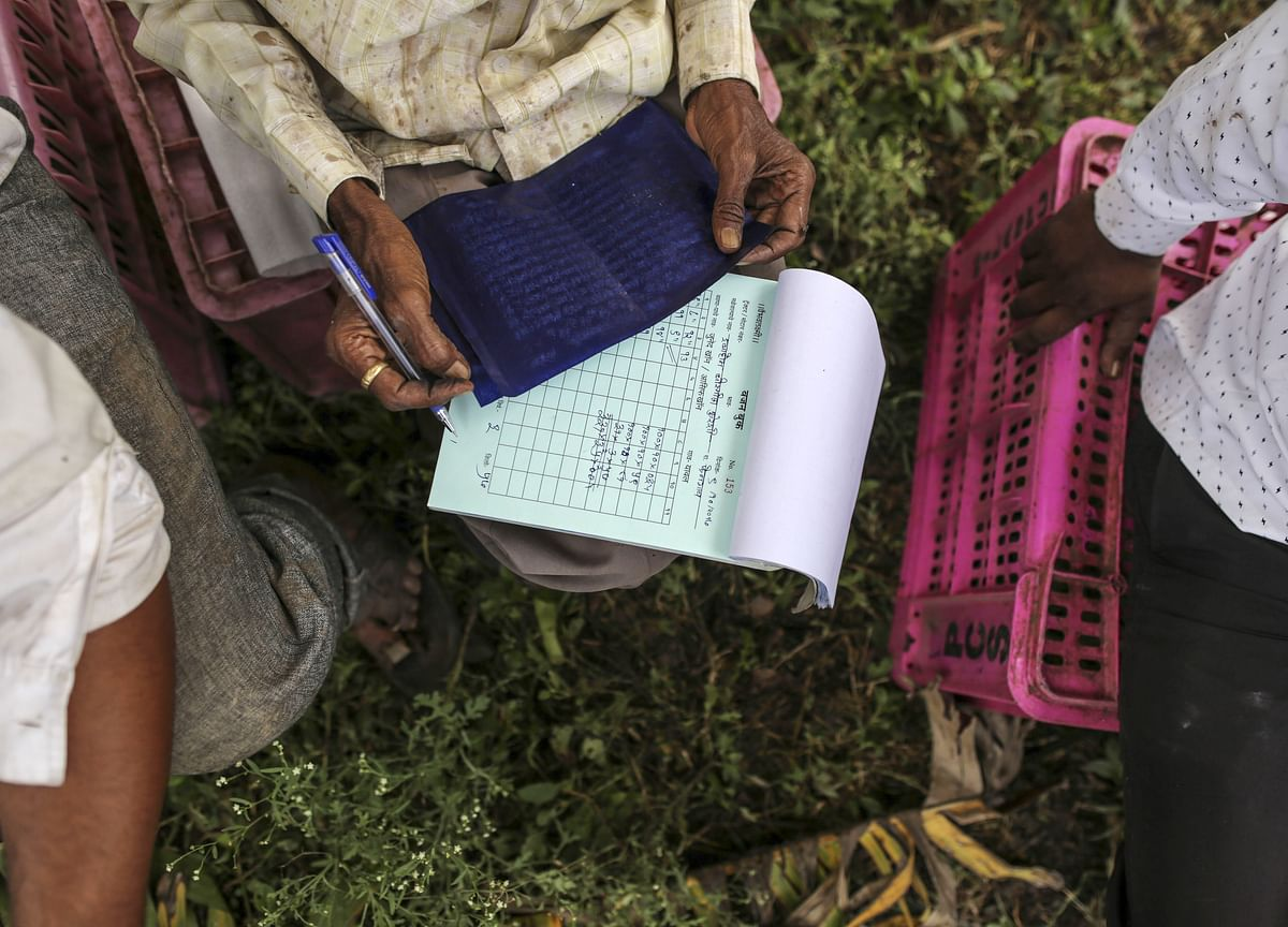 Deferring Aadhaar Linking For Income Support Scheme To Benefit 4 Crore Farmers