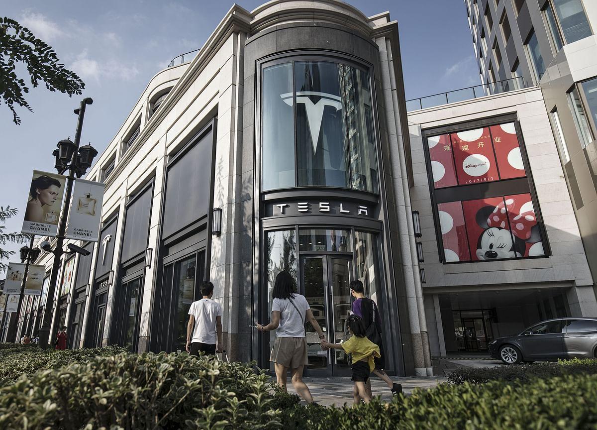 Tesla Bonds, Down to 86 Cents, Start to Flash Warning Signals