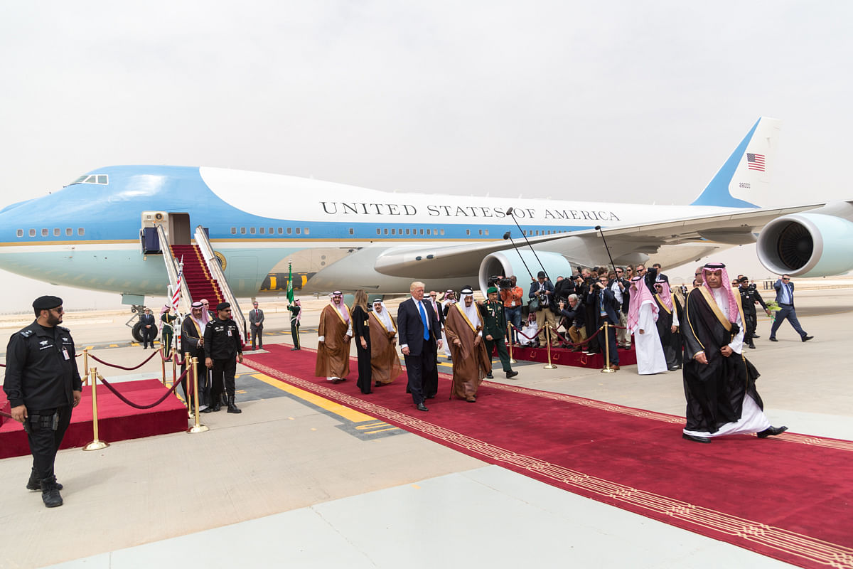 U.S. President Donald Trump is received by King Salman of Saudi Arabia, in Riyadh, on May 20, 2017. (Photograph: The White House's official flickr page)