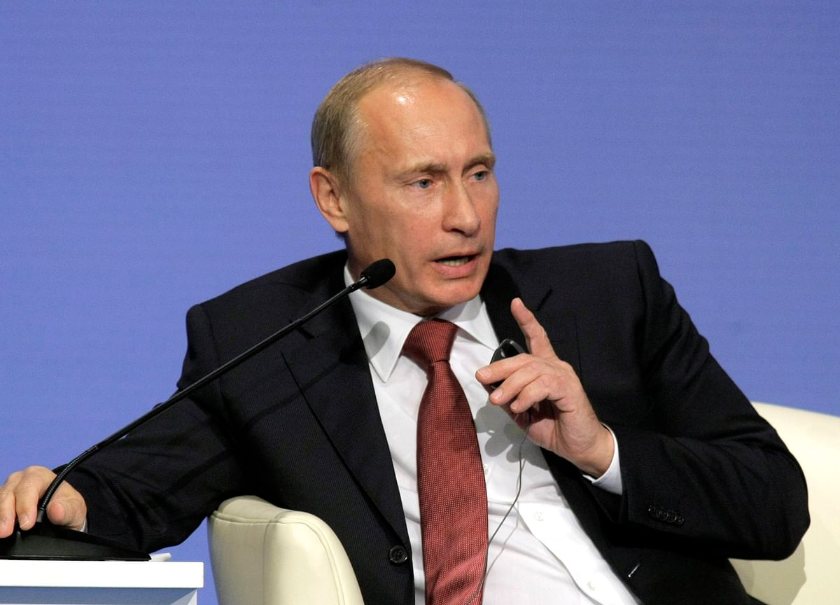 Putin Says Russia to Target U.S. If Missiles Put in Europe