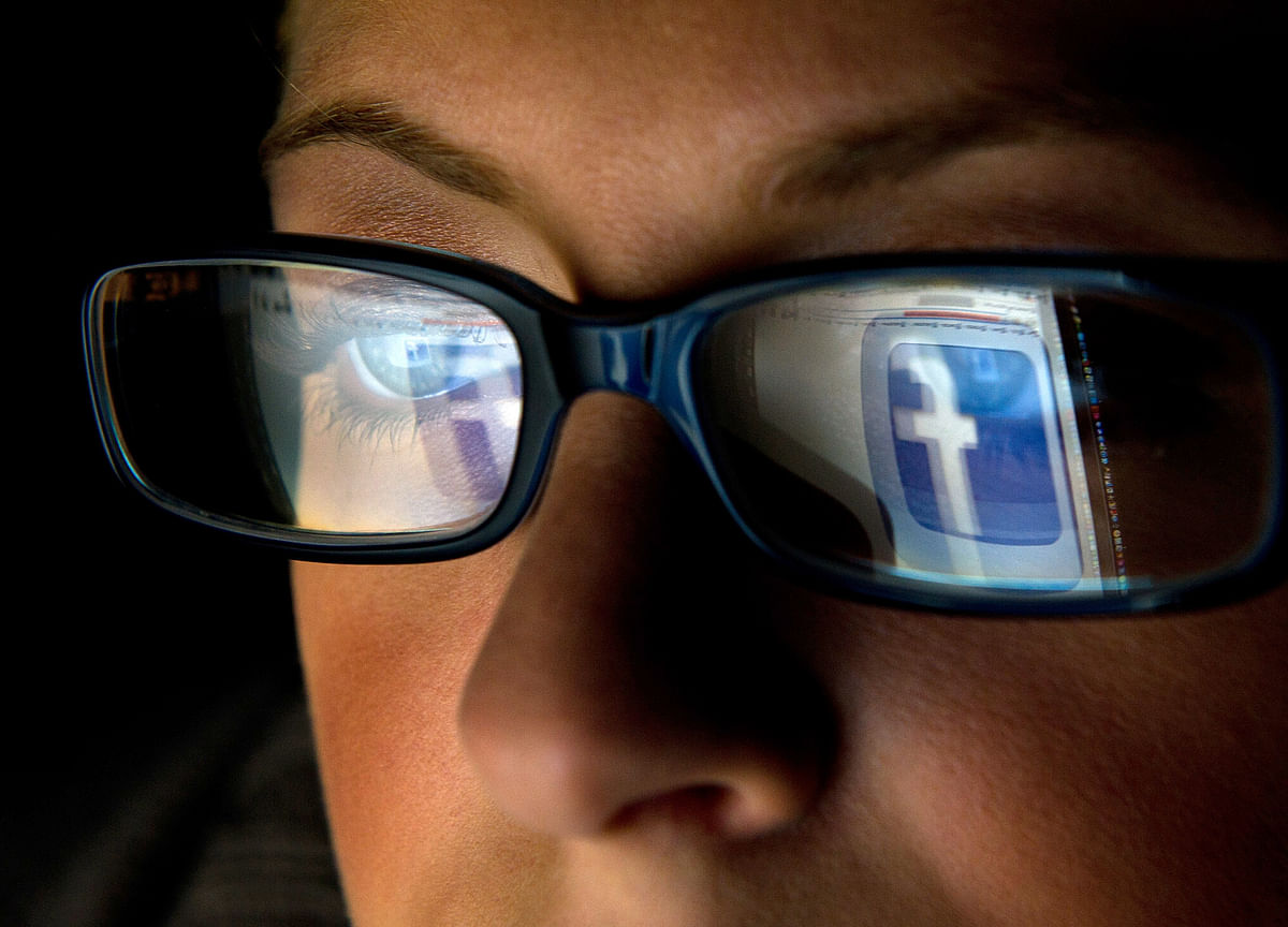Fake Facebook Warlord Used to Spread Malware, Researchers Say