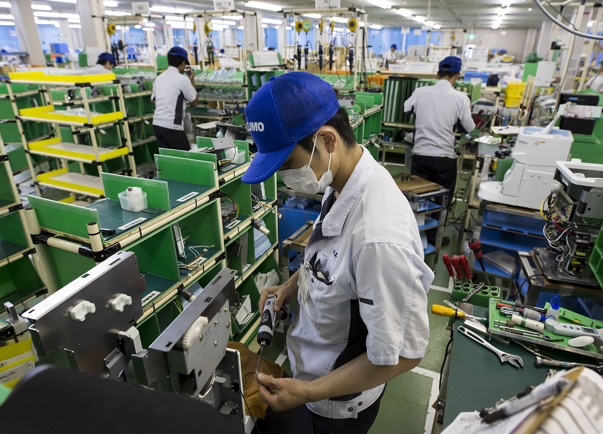 JapaneseManufacturing Contracts for the First Time Since 2016