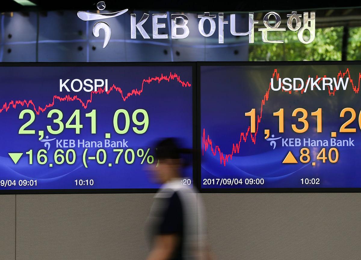 U.S. Tech Stocks Rebound as Global Bond Rout Eases: Markets Wrap