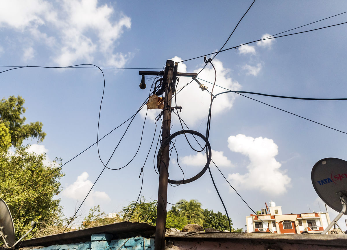 Government To Roll Out New Tariff Policy, UDAY 2.0 For Resolving Discoms' Losses
