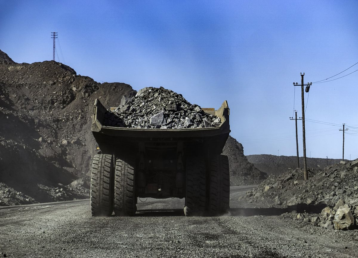 Iron Ore Flips as Traders See Revival When China Curbs Ease