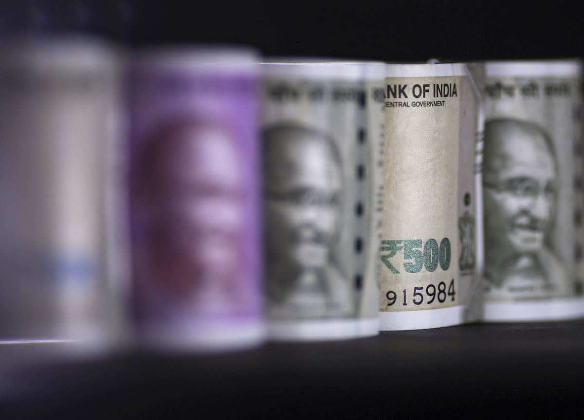 India Sticks To Borrowing Plan For 2019-20 Despite Corporate Tax Cuts