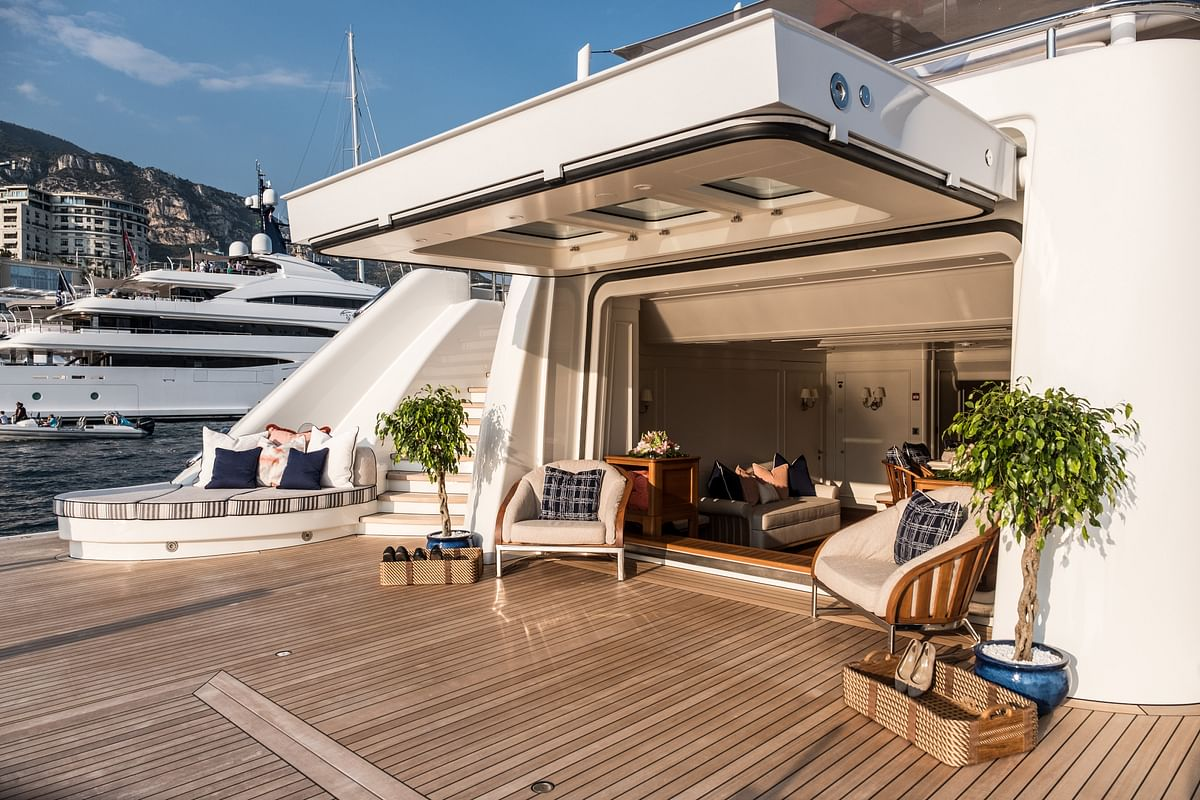 Russian Billionaire to Lose $492 Million Yacht in Divorce