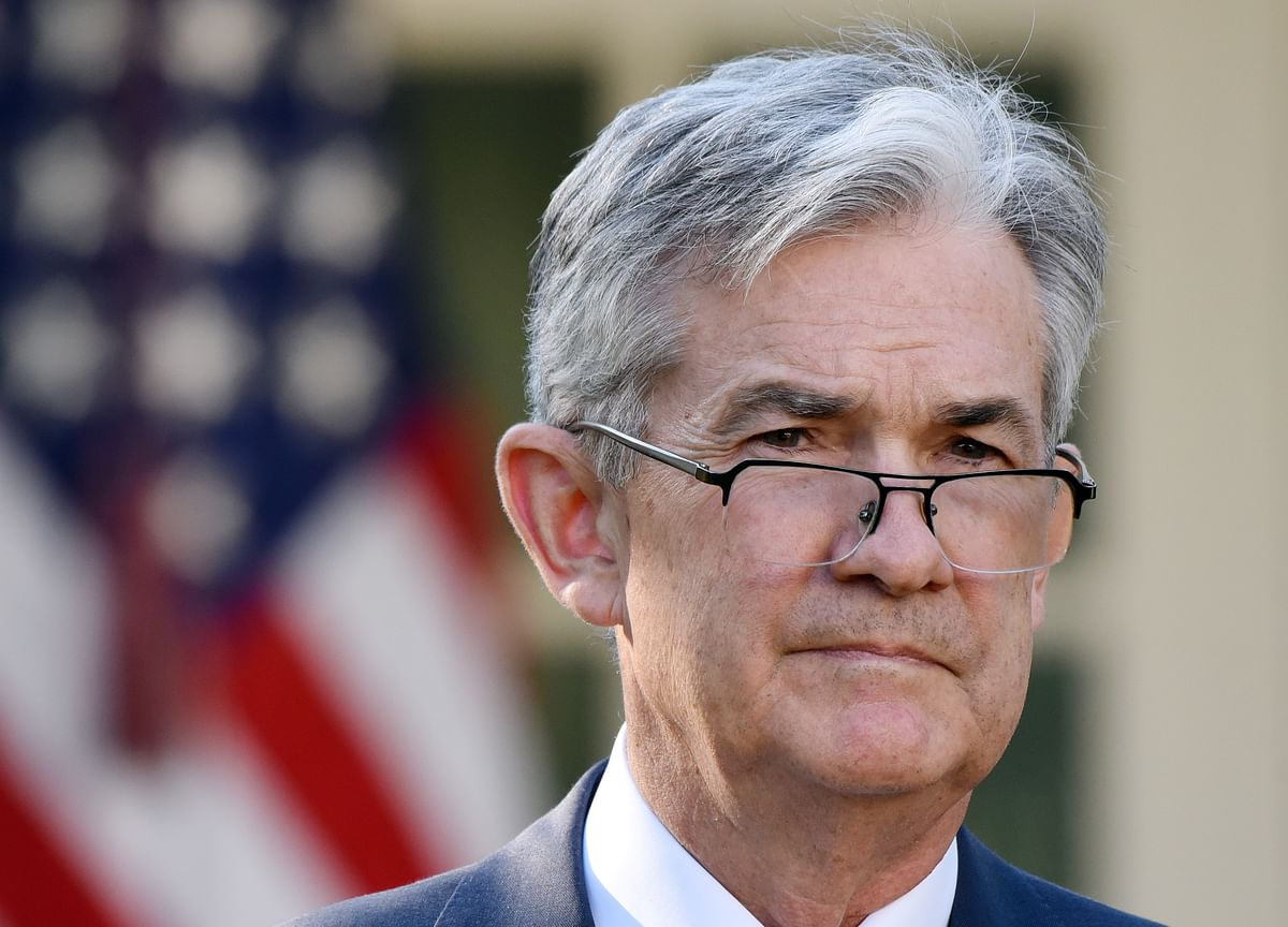 Powell Says Solid Economy Faces Headwinds as Fed Mulls Rates