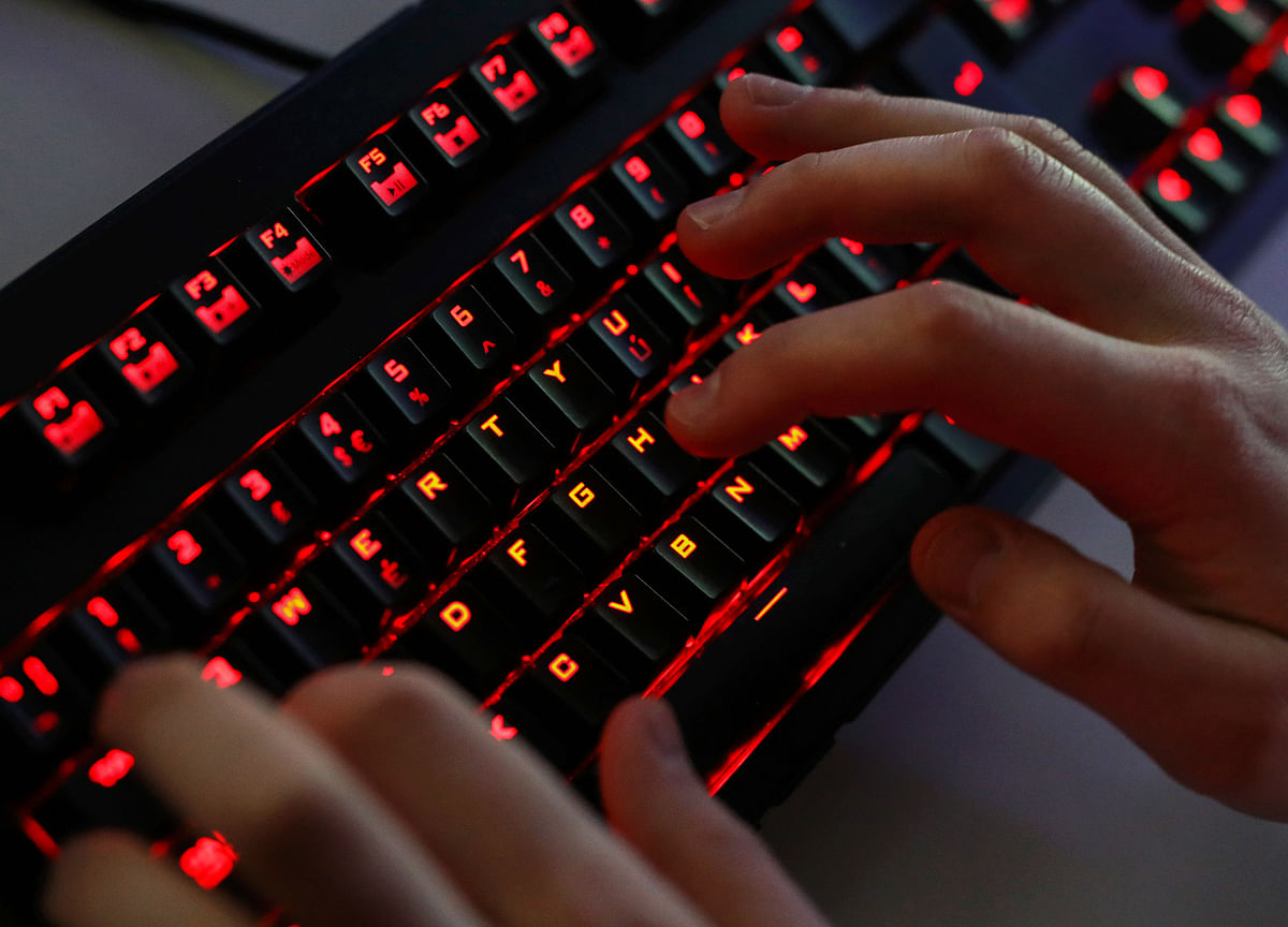 Vietnam Deploys 10,000 Cyber Warriors to Fight `Wrongful Views'