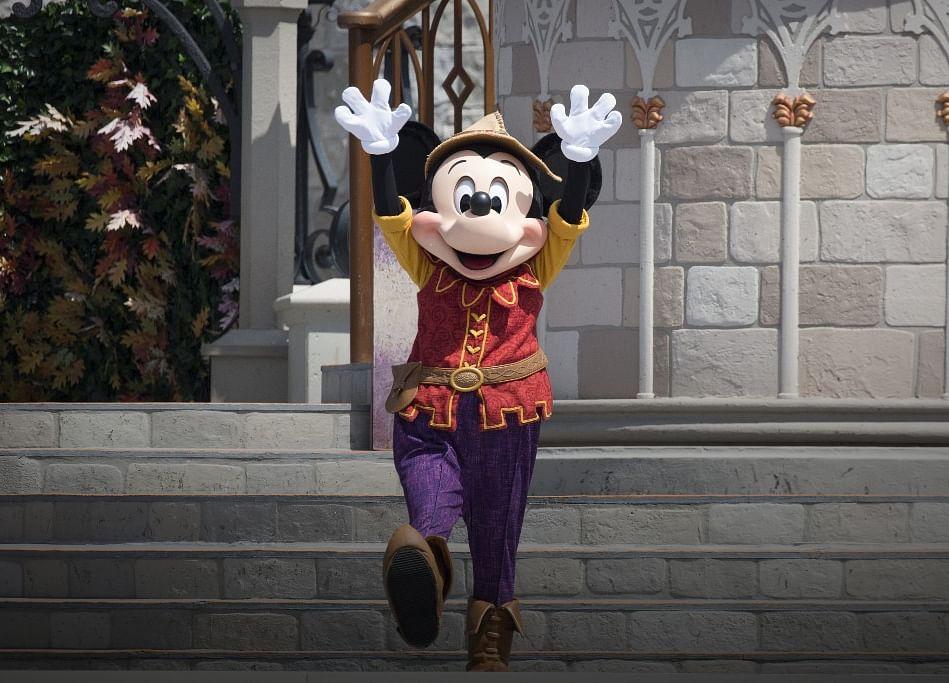 Murdoch Billionaires Multiply After Disney Closes Fox Deal