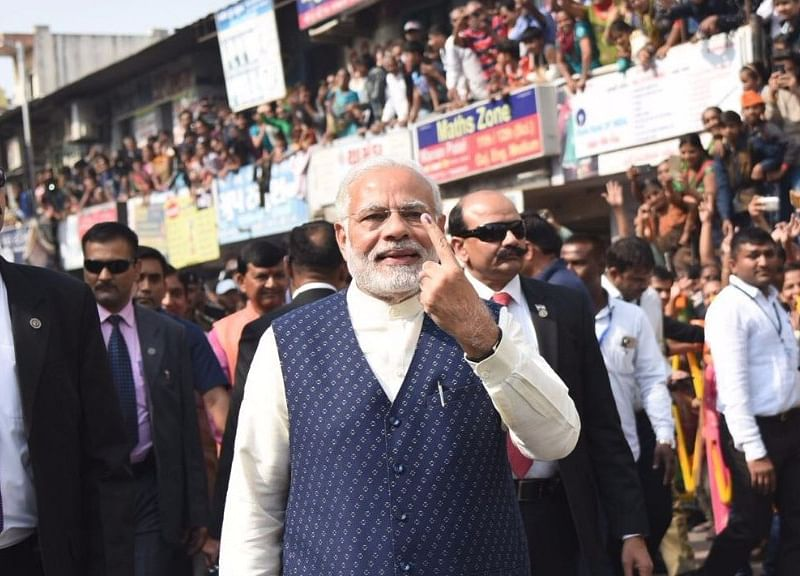 Guj Elections: PM Modi Raises Eyebrows With Polling Day 'Roadshow'