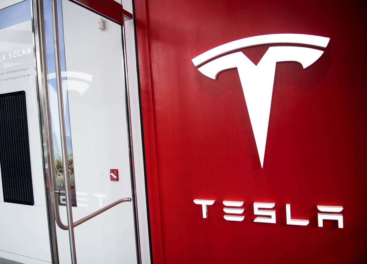 Tesla's NYC Store Sells Solar, Cars and Home Batteries Under One Roof
