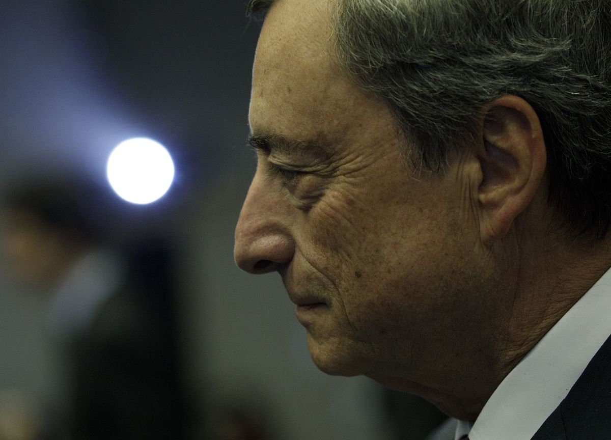 Draghi Says ECB Will Still Undershoot Inflation Goal in 2020
