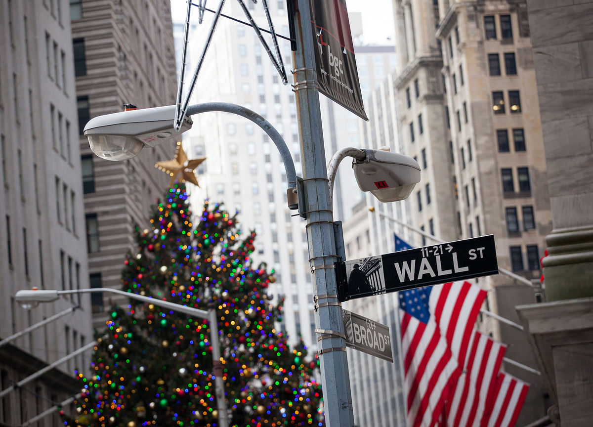 Americans' Economic Expectations Match Strongest Since 2002