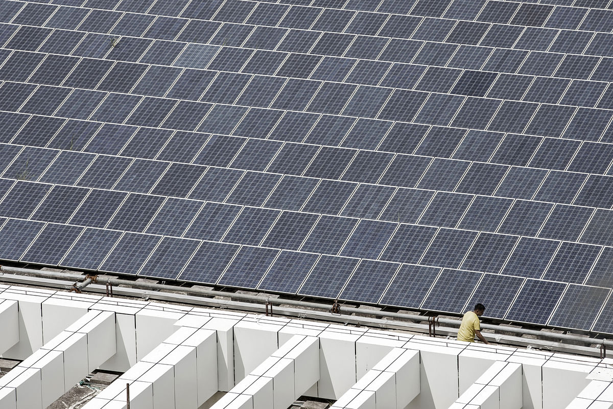 World's Solar Is About to Hit 100 Gigawatts Thanks to China