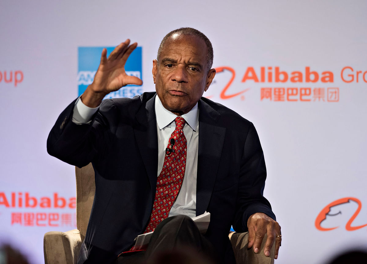 Ken Chenault's Parting Warning: Banks Made Big Error on Payments