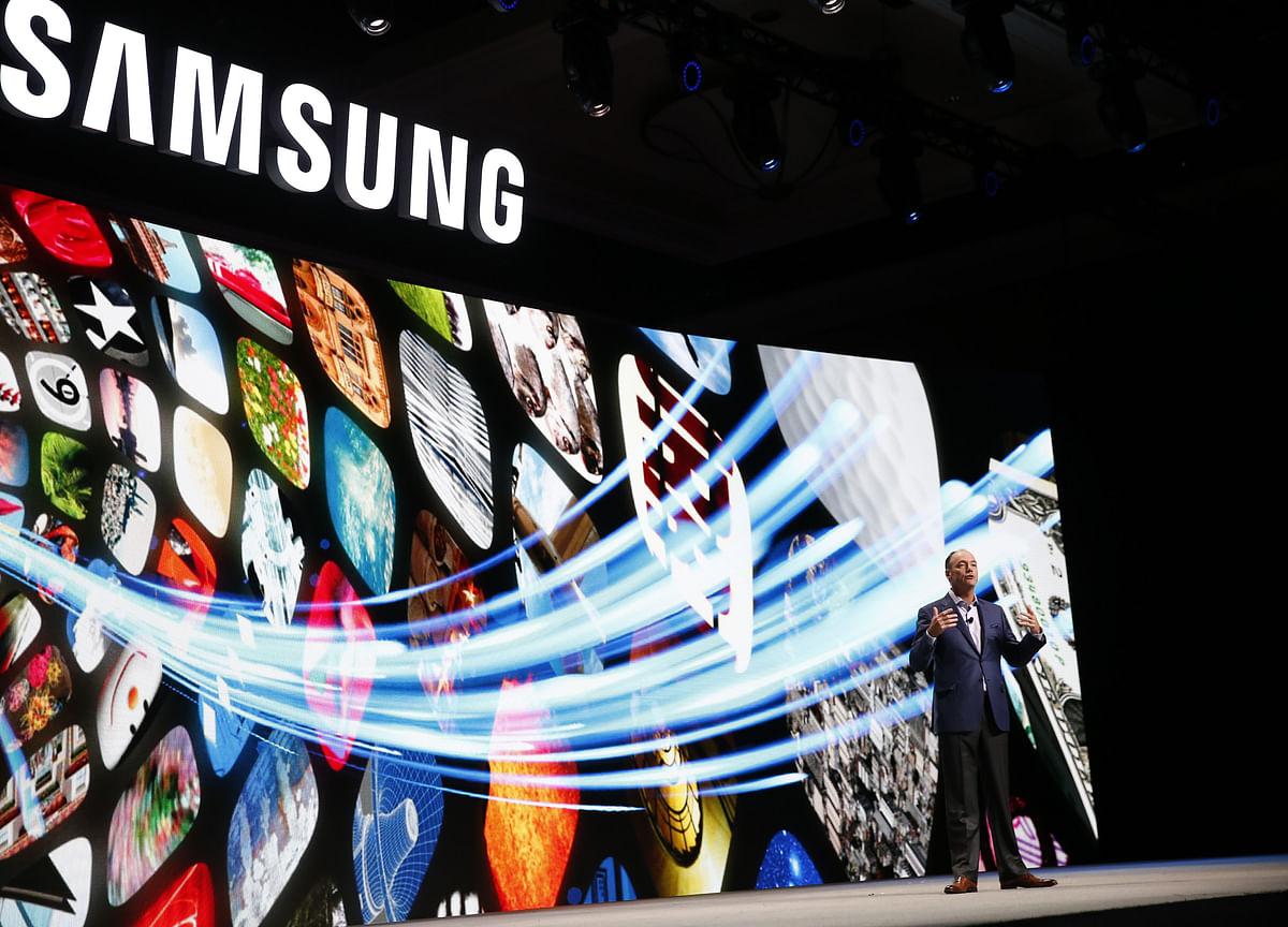 Samsung Skepticism Grows as Two More Analysts Slash Estimates