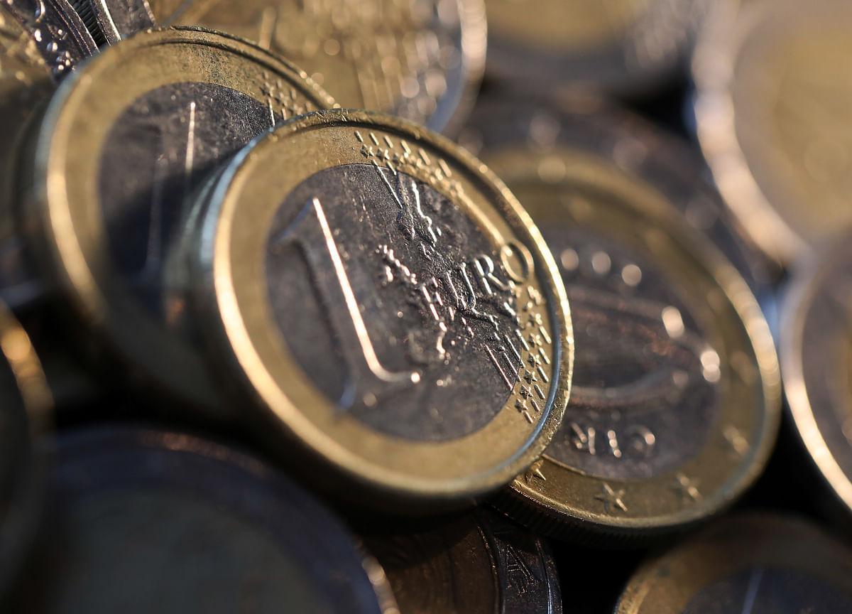 Goldman Closes Short-Euro Trade Versus Yen Ahead of ECB