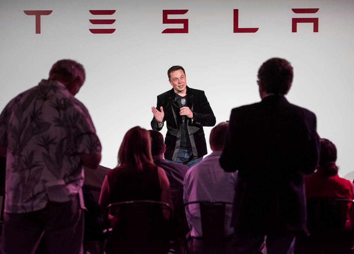Musk Picks Random Date to Unveil Tesla Model Y Then Sticks to It