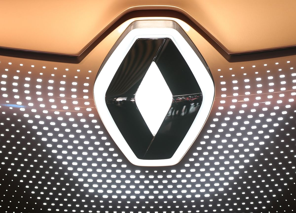 Renault May Follow Nissan With New CEO to Get Past Ghosn Era