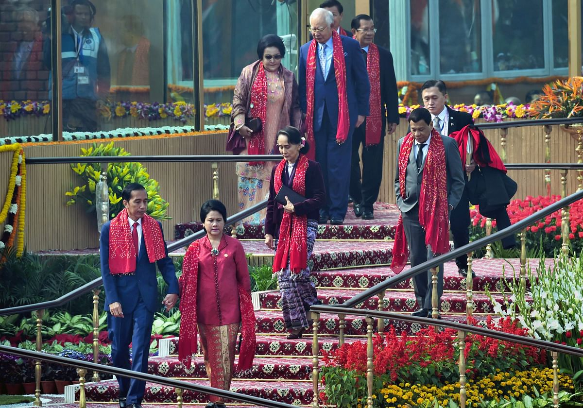 Chief guests and heads of states of Governments of Asean nations leave after attending the 69th Republic Day function at Rajpath in New Delhi. (Image: PTI)