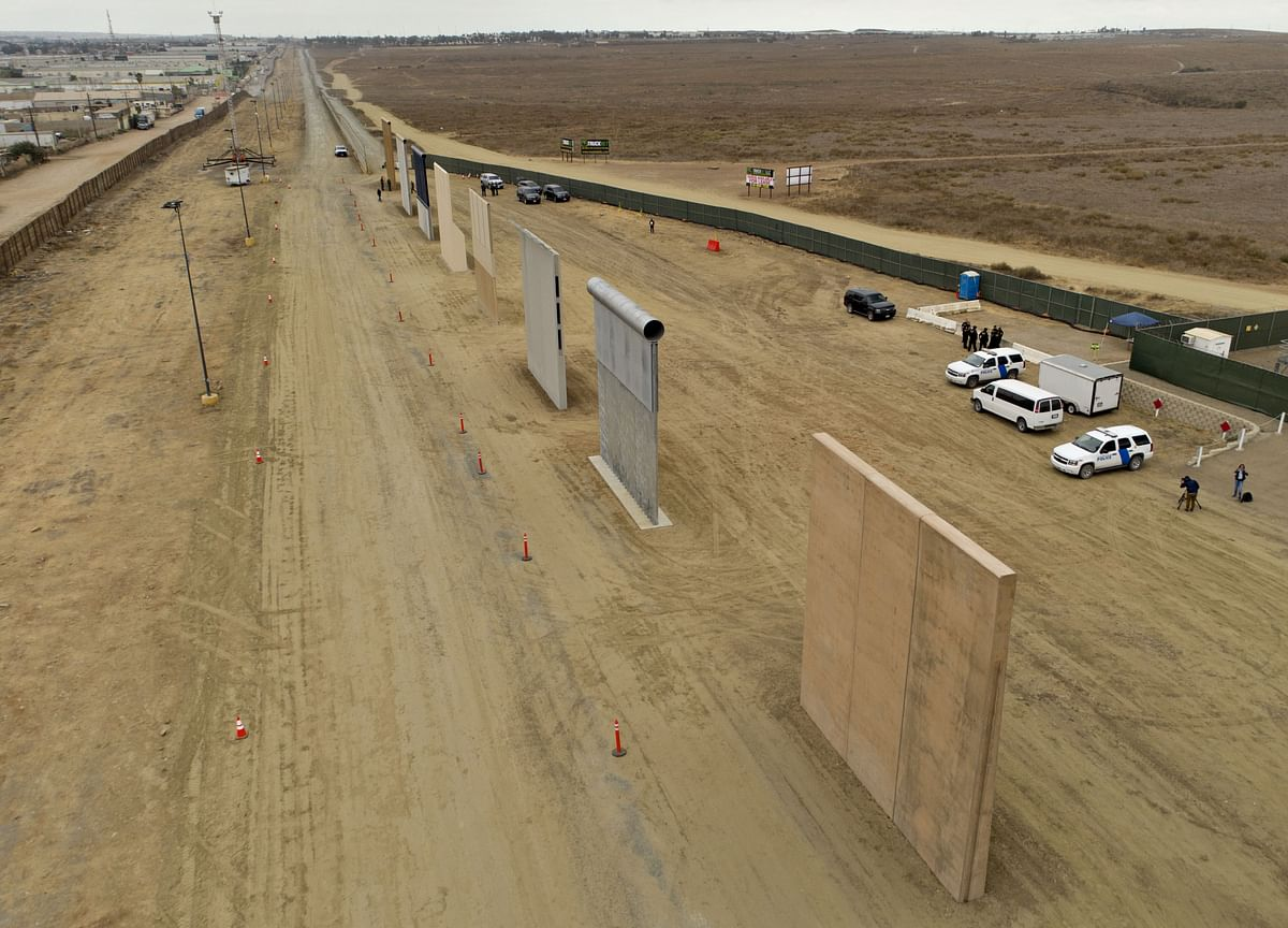 Supreme Court Clears Trump to Build 100 Miles of Border Fencing