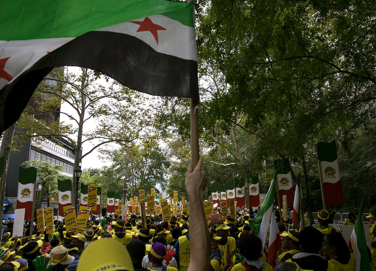 This Time, the Iron Fist Wasn't Iran's Only Protest Response