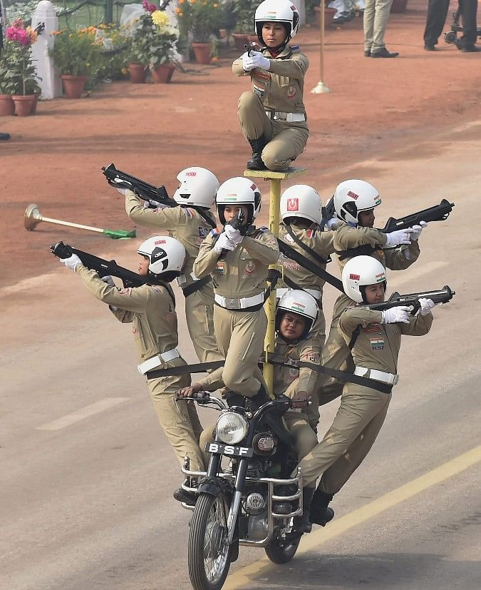 BSFs all-women team Seema Bhawani performs on motorcycles during 69th Republic Day Parade at Rajpath in New Delhi. (Image: PTI)