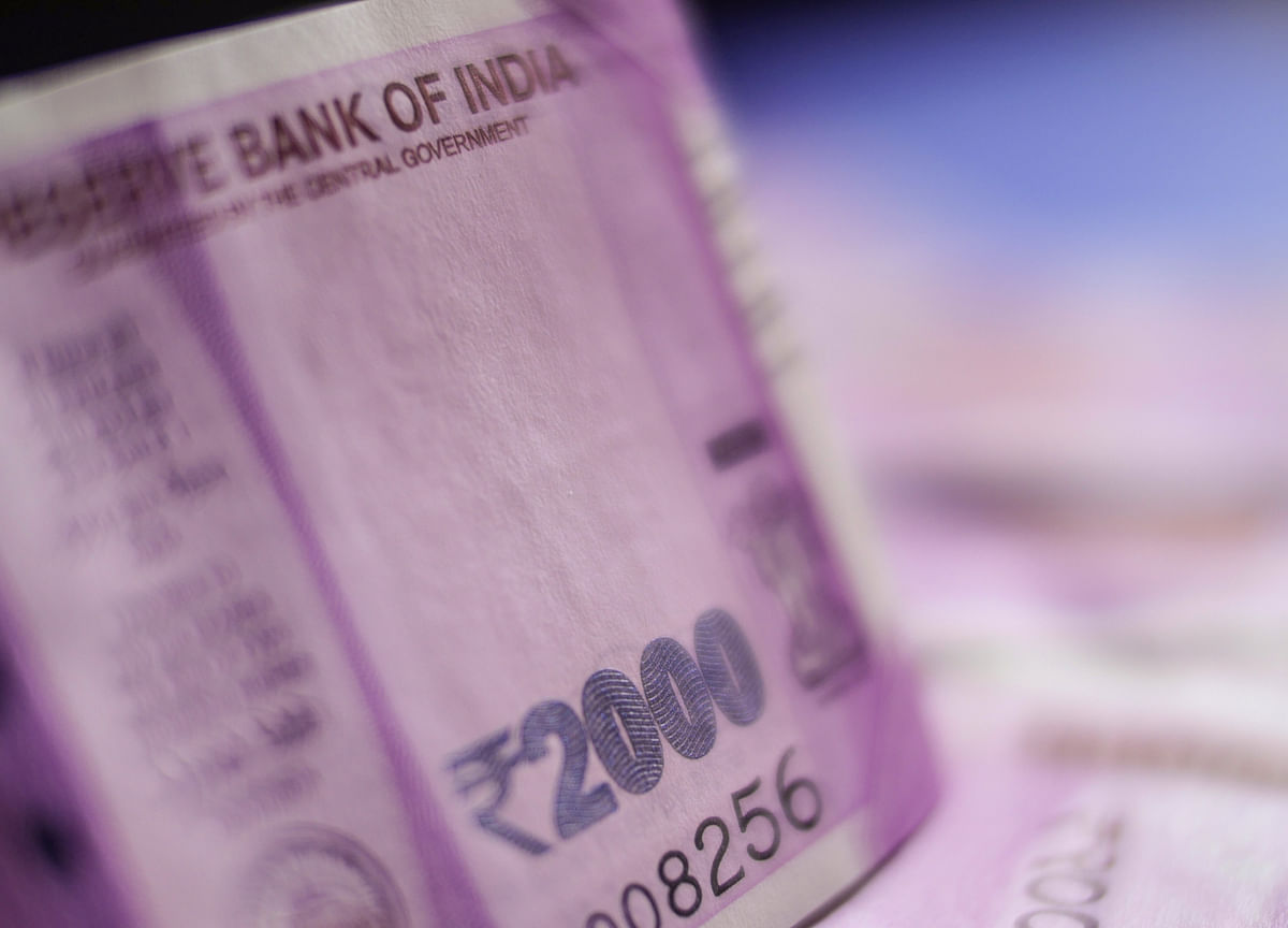 India Bond Buyers Emerge as Nomura, StanChart Say Worst Over