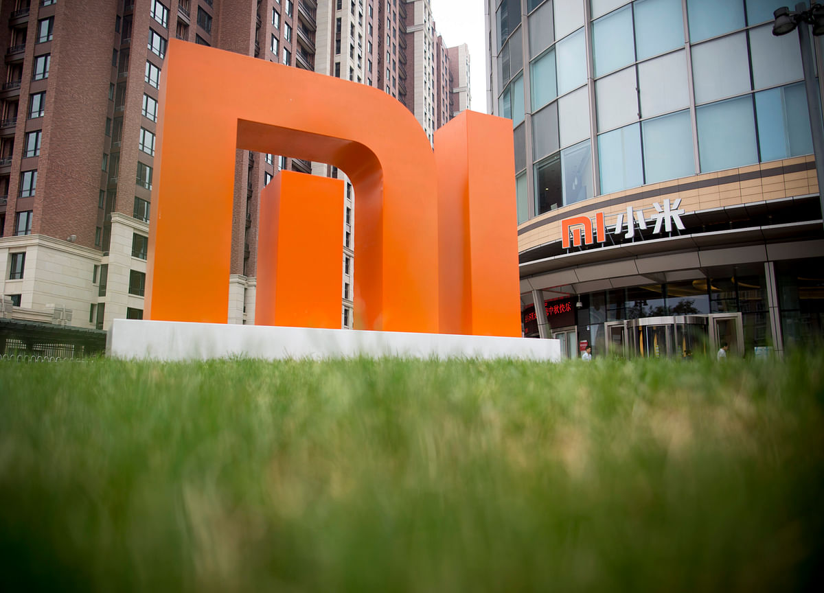 Three-Day Rout Wipes $6 Billion Off Xiaomi Stock