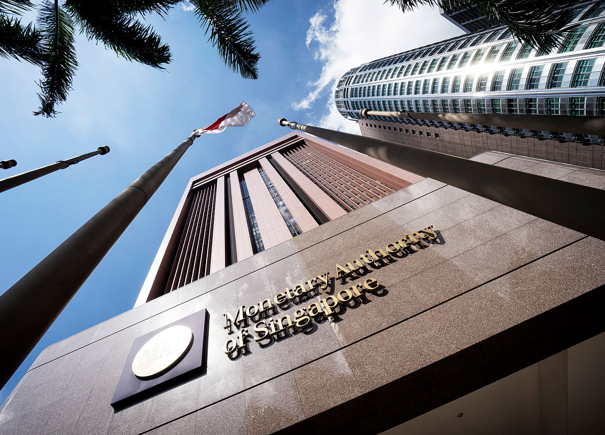 Singapore Tightens Monetary Policy on Steady Growth Outlook