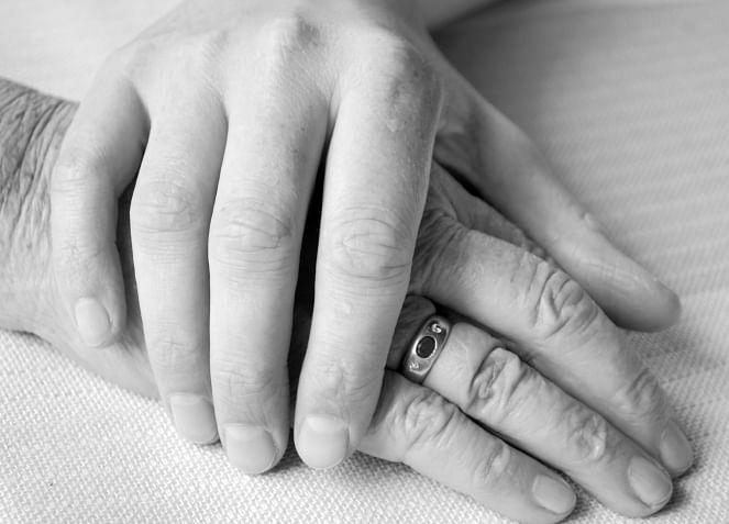 SC Upholds Passive Euthanasia, Sanctions 'Living Will'