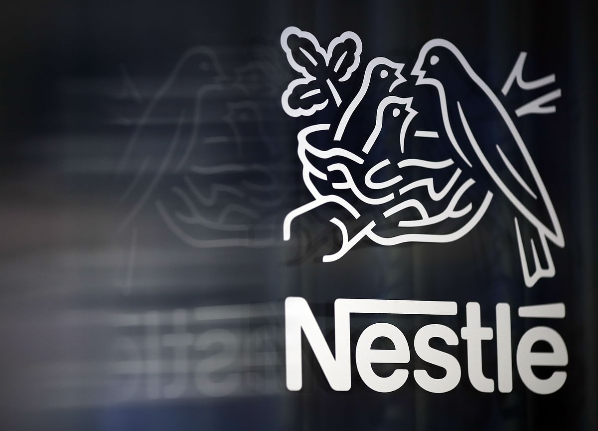 Travel Curbed at Nestle, L'Oreal, Cargill as Virus Spreads