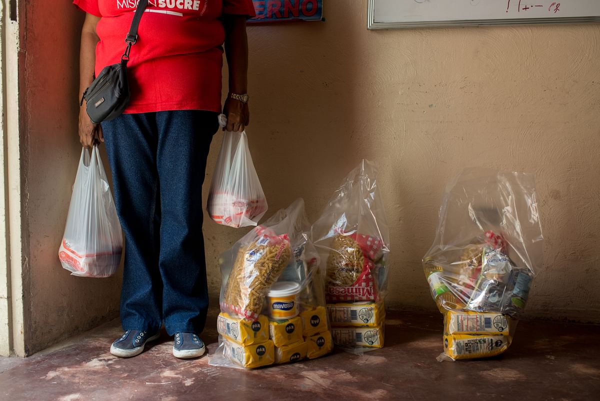 Plastic bags filled with groceries (Photographer: Manaure Quintero/Bloomberg)