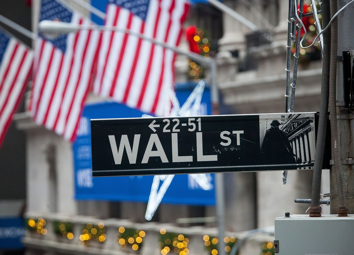Fidelity, T. Rowe Plan to Cut Wall Street Out of CEO Meetings