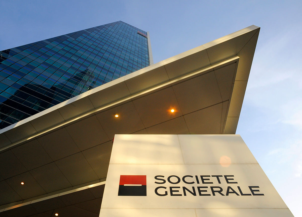 Societe Generale Plans Sale of U.K. Private Banking Arm