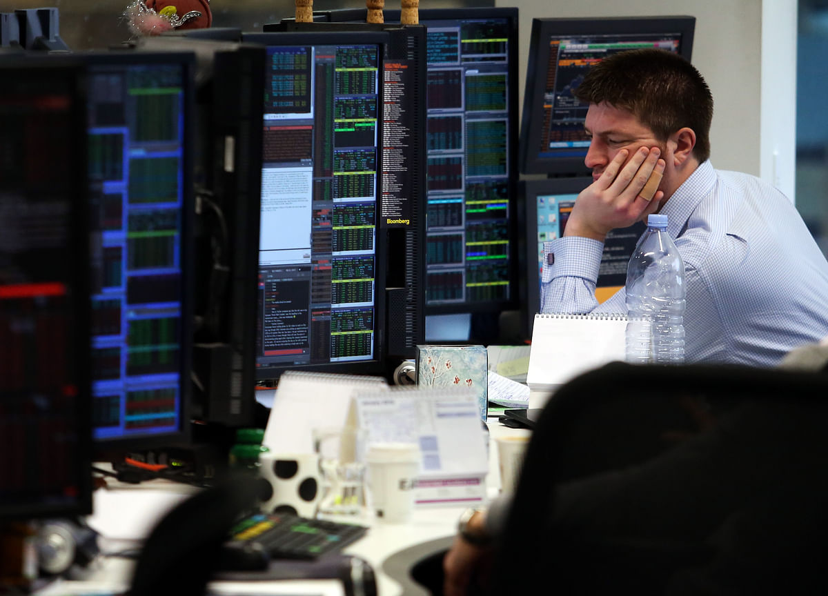 Hedge Funds Drop in March, First Consecutive Decline in 2 Years