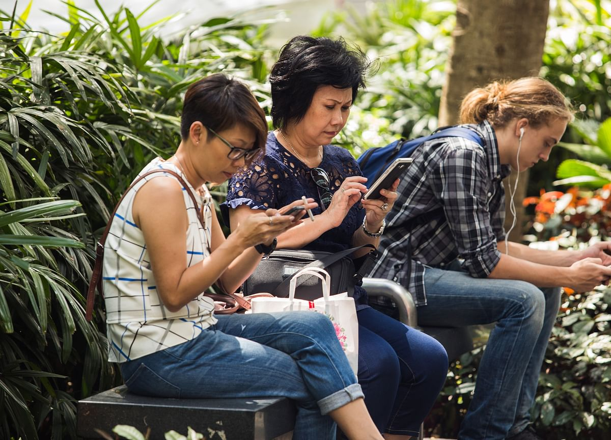 Singtel Taps 50 Million Users Making Mobile Payments in Asia