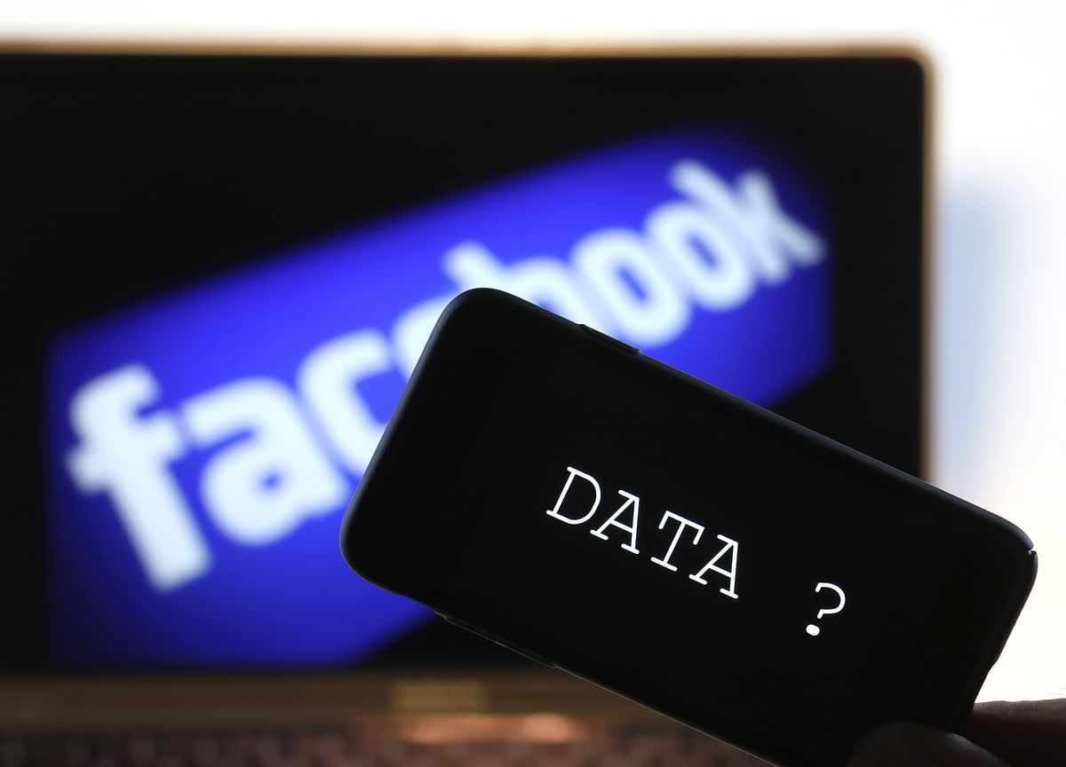 Facebook Says Giant Data-Breach Suit Has No Legs to Stand On