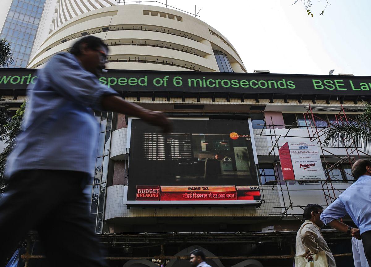 Bond Trading Tumbles in India as Banks Stare at $3 Billion Loss